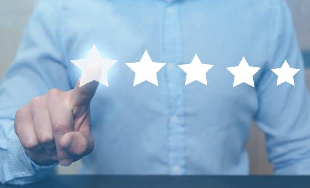 4 عامل در ارائه خدمات فوق العاده